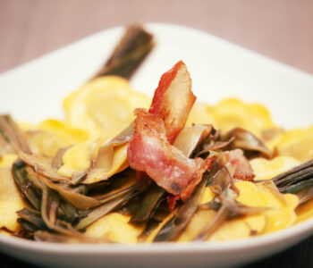 Ravioli ai carciofi e pancetta - Padelle Volanti